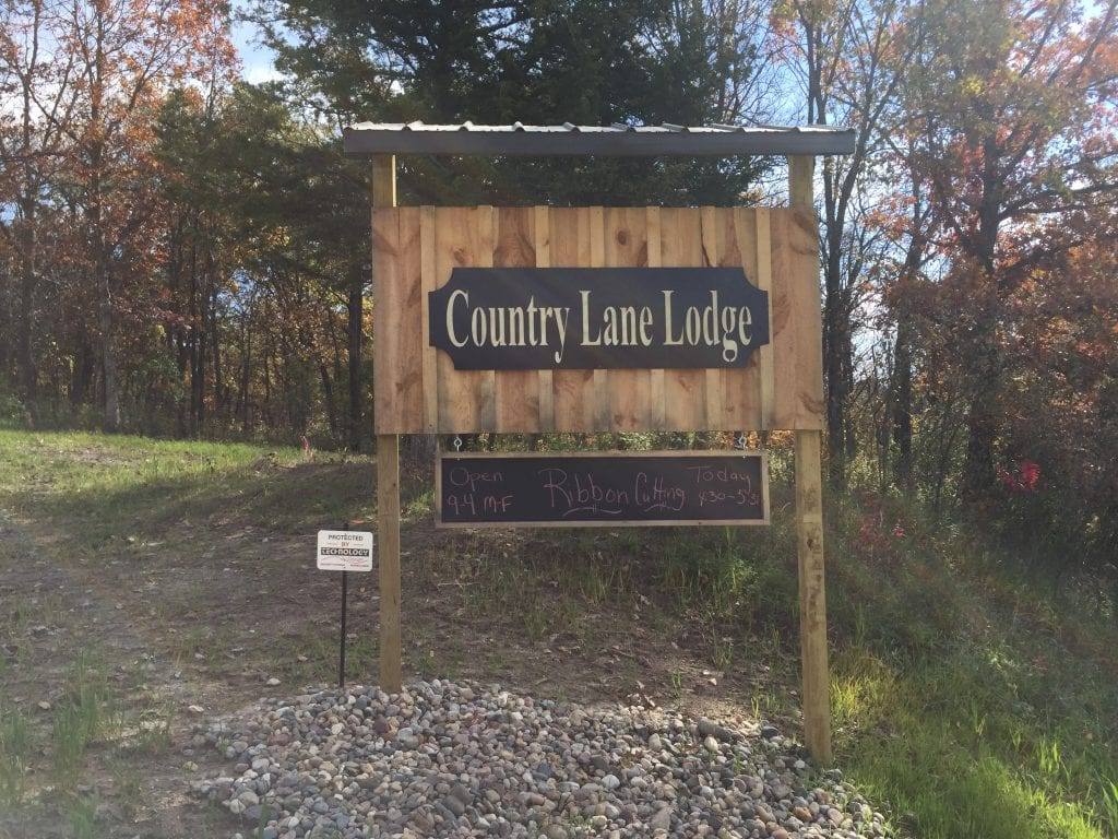 Entrance Sign at Country Lane Lodge