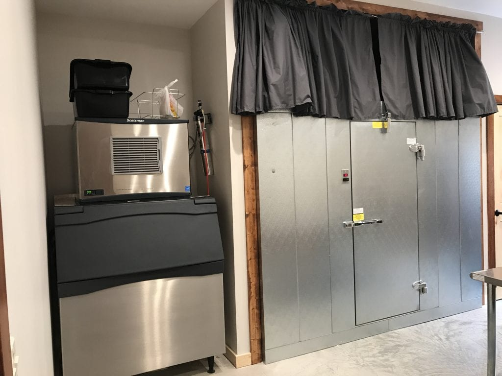 Country Lane Lodge – Ice Machine + Walk-in Coolers