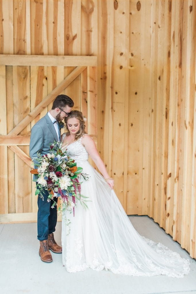 Bride & Groom – Country Lane Lodge Building
