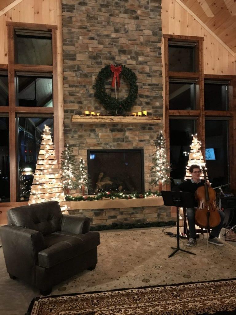Christmas Music at Country Lane Lodge