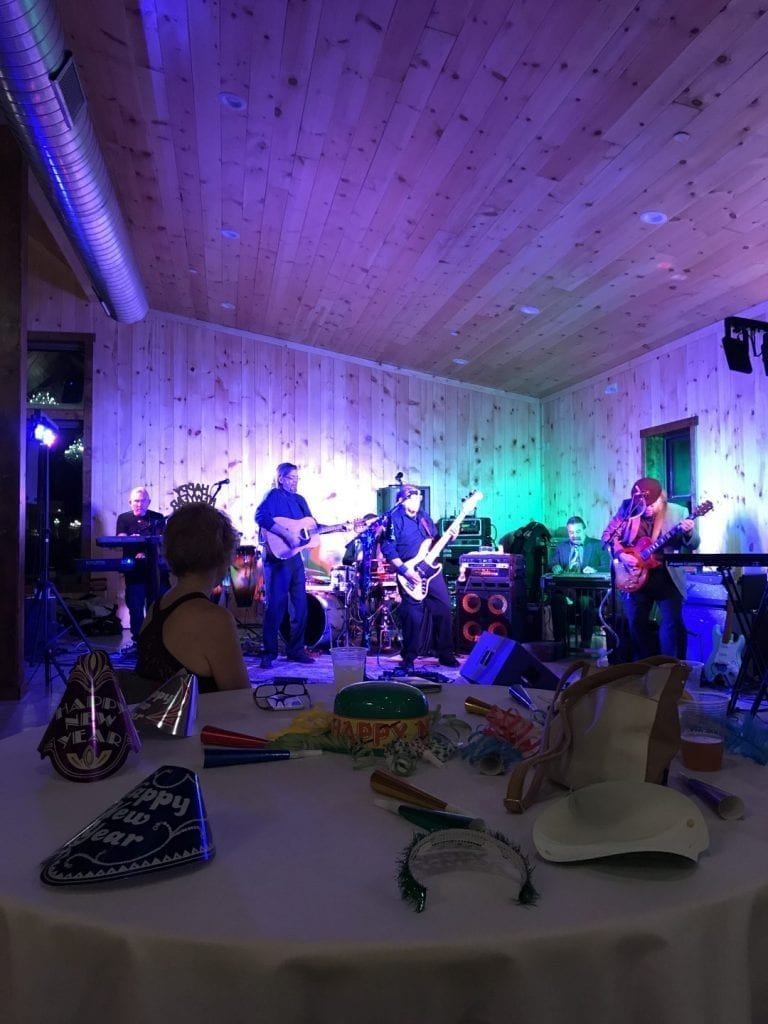 New Year's Eve Dinner, Dancing & Live Music at Country Lane Lodge