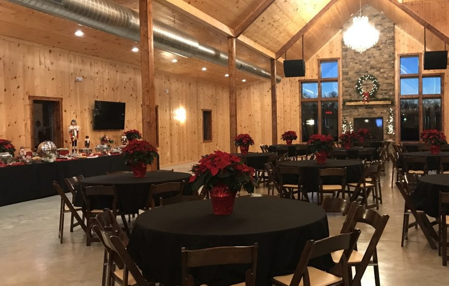 Holiday Party Decor At Country Lane Lodge